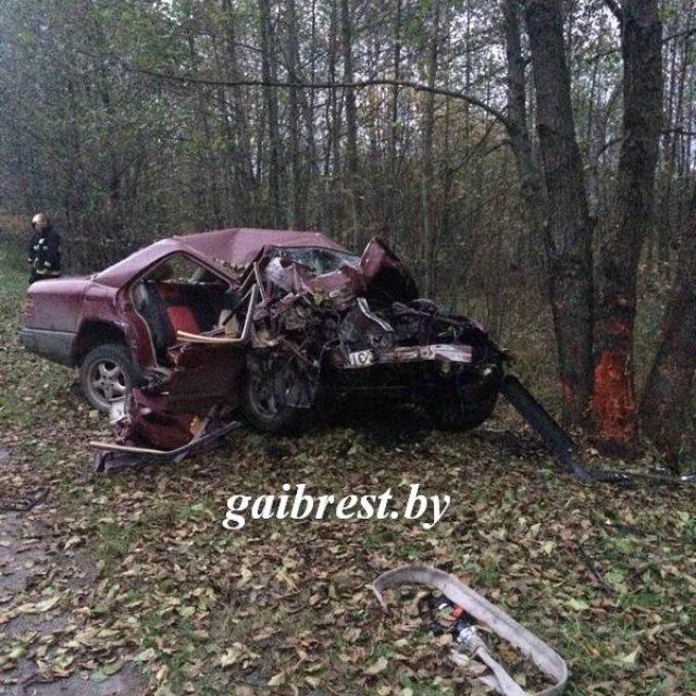 17-летняя девушка погибла вавтоаварии под Ивацевичами