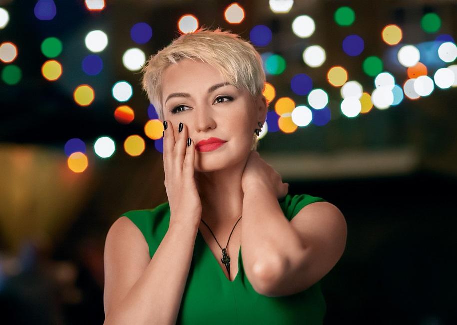 Популярные Певицы Поют На Русском