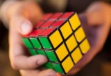 Международный турнир по сборке кубика Рубика на скорость будет проходить в Бресте в начале августа