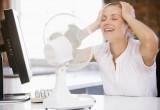 Как брестчанам пережить жару на работе? Санслужба дала советы