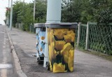 В Бресте появились цветочные мусорные контейнеры