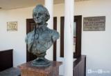 В Кобрине восстановили памятник Суворову, который сбил грузовик мясокомбината