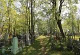 В Бресте в рамках субботника вновь приводили в порядок Тришинское кладбище