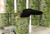 Ко Дню защитников Отечества брестская «чулочка» выпустила фирменные мужские носки в консервных банках