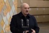 Лукашенко высказался против увольнения работников без согласования с местными органами власти