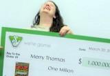 Американка обучала знакомую игре в лотерею и выиграла миллион долларов