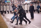 Брестчане вышли на площадь в знак солидарности с задержанными на Дне Воли