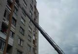 Брестские спасатели вскрыли балкон, чтобы освободить 2-летнего ребенка