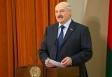 Лукашенко призвал молодежь не уезжать из Беларуси