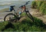 У жителя Бреста, уснувшего на берегу водоема, угнали велосипед