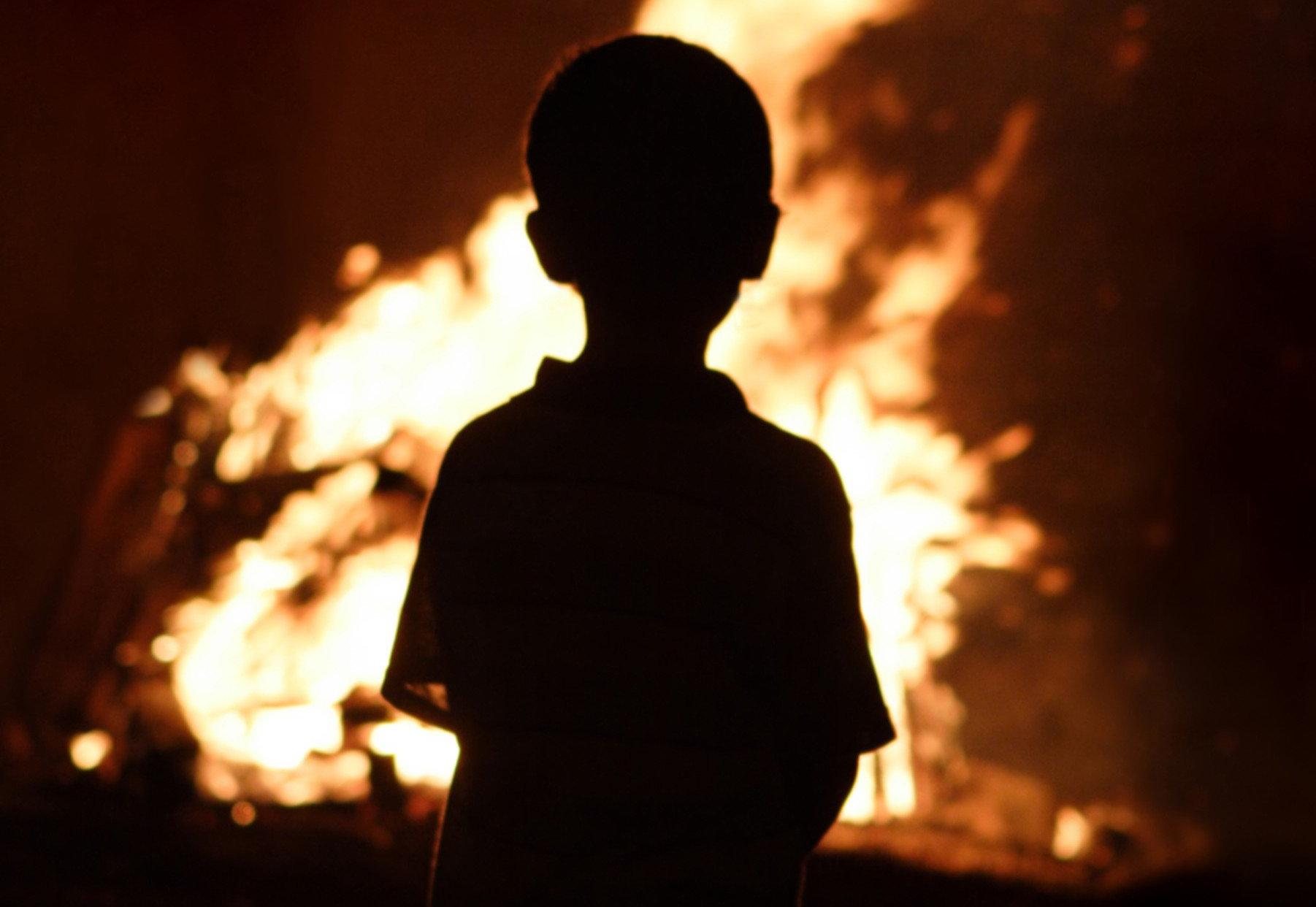 Трое детей пострадали при пожаре в общежитии в Бресте