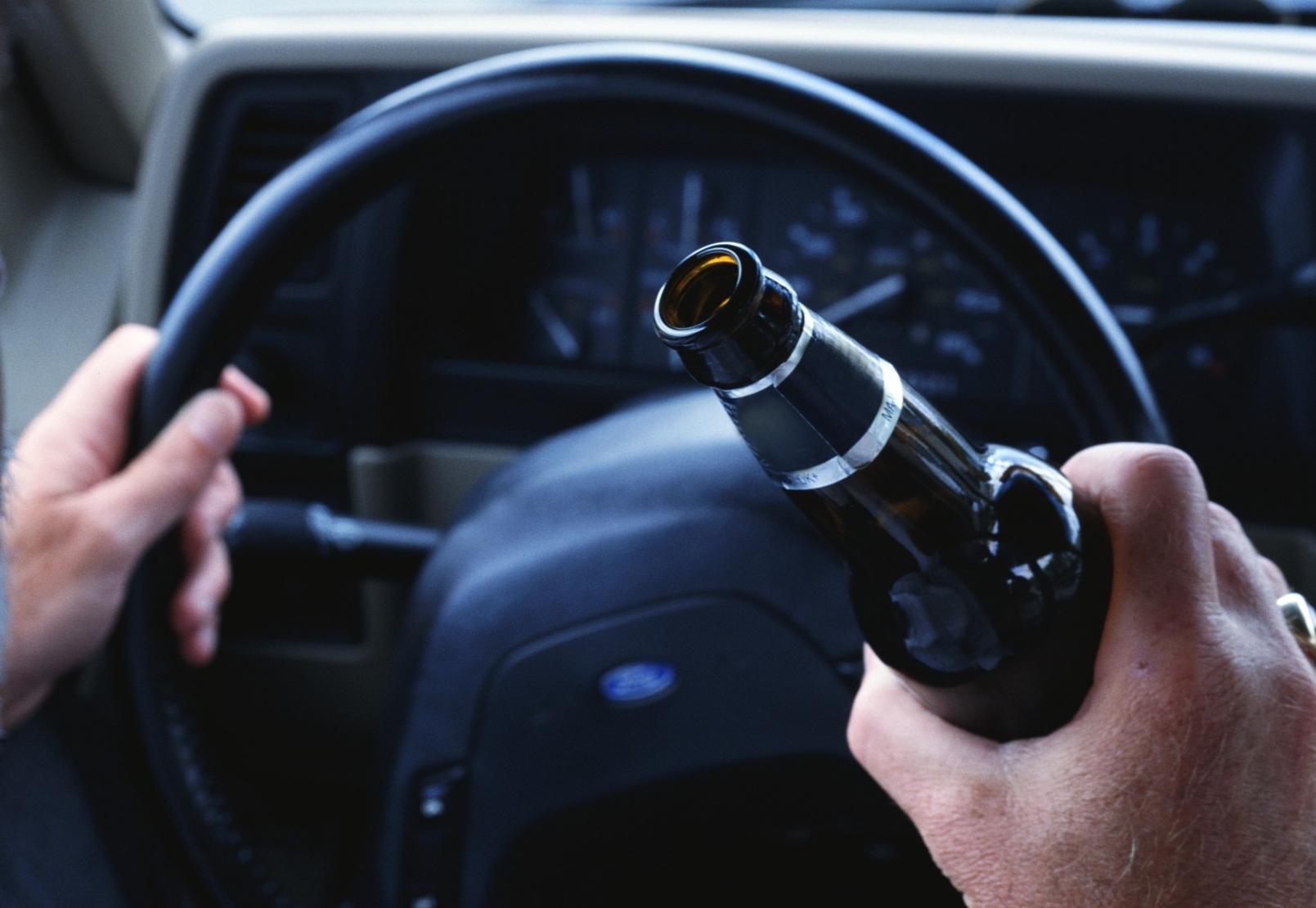 Брестчанин задержал пьяного таксиста и передал его инспекторам ГАИ