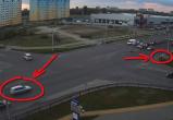В Бресте автомобиль сбил ребенка, перебегавшего дорогу на красный свет