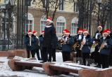 Городской духовой оркестр поздравил брестчан с Масленицей