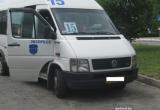 В Бресте пассажир получил травму в маршрутке, водитель высадил его у больницы и уехал