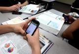 Более 70% жителей России поддержали инициативу о запрете смартфонов в школах