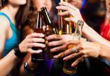 В России могут поднять минимальный возраст при продаже алкоголя