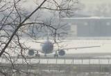 В аэропорту «Борисполь» борт «Белавиа» сбил фонари при выруливании, рейсы задерживаются