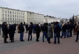 Более 200 противников строительства аккумуляторного завода сегодня вновь собрались на площади в Бресте