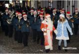 Музыкальный рождественский флешмоб устроил духовой оркестр на Советской (видео)