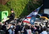 Похороны вокалиста The Prodigy прошли как вечеринка (видео)