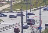 Видео: скорая помощь сбила велосипедиста в Бресте