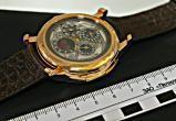 """""""Часы в подарок мужу"""" - в российском аэропорту у белоруски изъяли часы стоимостью более 236 тысяч долларов"""