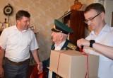 Ветеранам в Бресте вручают юбилейные медали