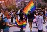 Засада с фекалиями и тайный маршрут. Как прошел ЛГБТ*-парад в Киеве?