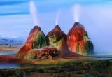 Тандем человека и природы: гейзер в пустыне Блэк-Рок