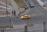 В Бресте чуть не сбили ребенка: пугающее видео