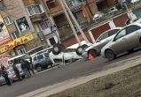 Пешеход сбил «Ниву»: машину перевернуло (видео)
