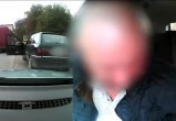 Под Лунинцем пьяный водитель пытался подкупить ГАИ кольцом и «жменей» денег (видео)