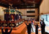 Фото из Японии: новый император взошел на престол