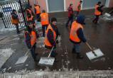 В Москве дворники устроили массовую драку (видео)