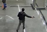 Мужчина устроил стрельбу в московском метро