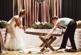 Откуда появились нелепые отечественные свадебные традиции