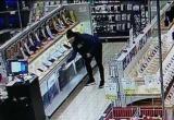 В Бресте мужчина каждый день воровал в магазине дорогие телефоны
