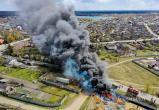 Посмотрите с высоты птичьего полета, как спасатели тушили пожар в Бресте (видео)