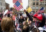 Facebook начал удалять посты о протестах против карантинных мер