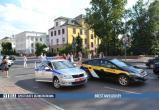 Такси сбило двух подростков в Бресте: жесткое видео