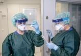 Меньше тысячи человек болеют коронавирусом в Беларуси