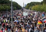На митинге в Берлине тысячи немцев скандировали «Путин!» (видео)