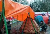 На «Площади Перемен» установили палатки для охраны мемориала Романа Бондаренко