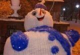 Пьяный брестчанин напал на снеговика в Полоцке