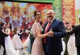 Журналисты нашли девушку, с которой танцевал Лукашенко на новогоднем балу