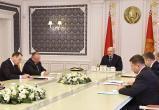 Лукашенко проводит совещание о правовых актах в IT