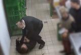 Мужчина ударил ножом в шею военнослужащего в магазине Бреста