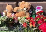 На месте гибели 6-летней девочки в Гомеле возник стихийный мемориал