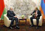 Лукашенко поговорил по телефону с премьером Армении Пашиняном